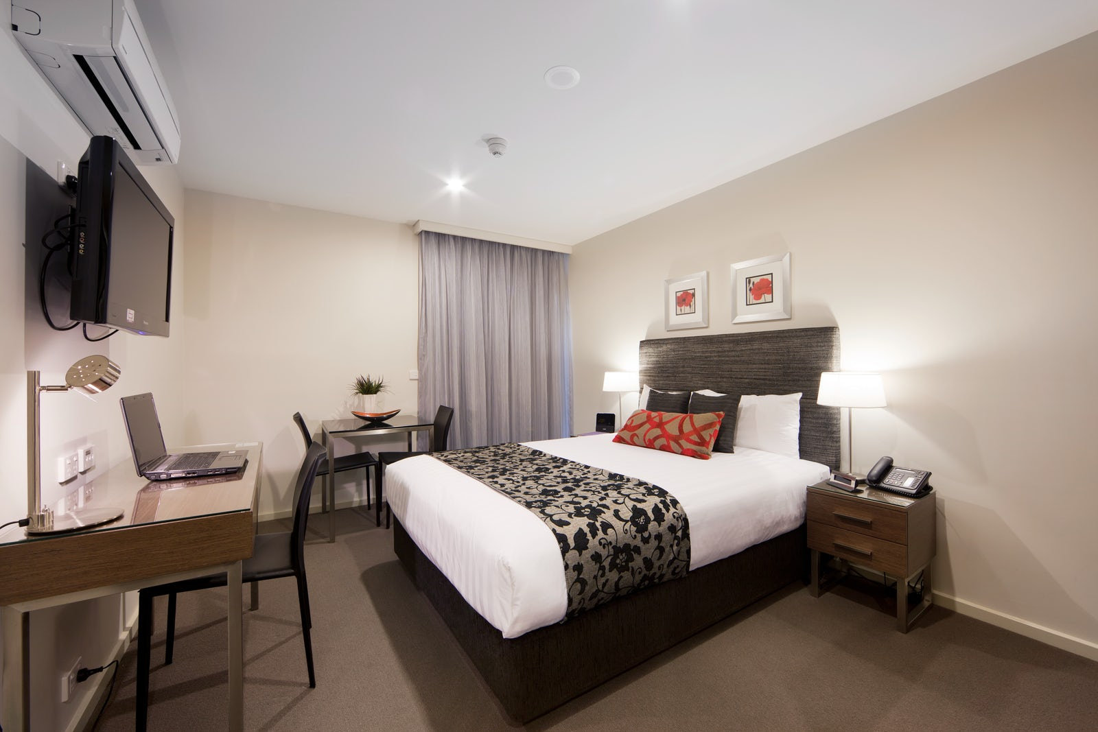An image of a guests quarters at the Aria Hotel located in Canberra CBD