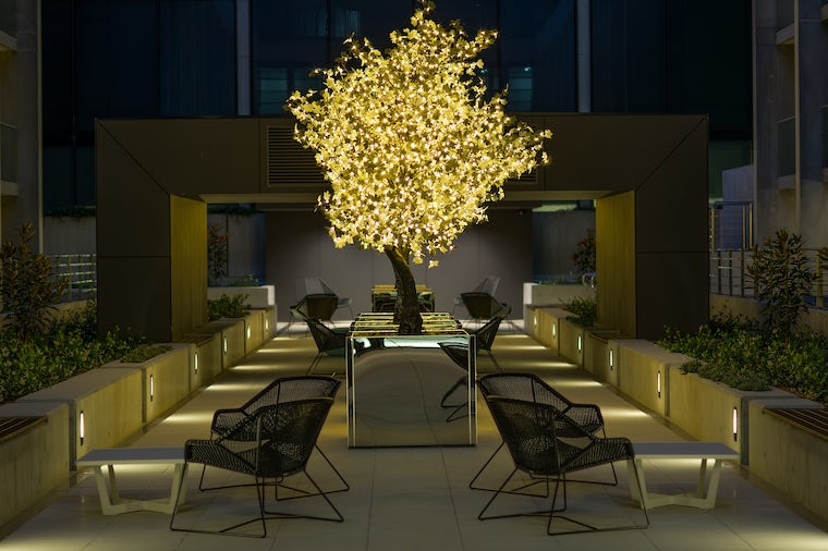 A Picture of the modern dinning area located in the Avenue Hotel Canberra