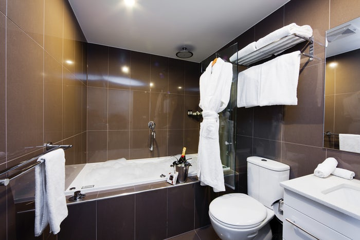 A picture of a stylish bathroom in a Aria Hotel suite on Dooring Street