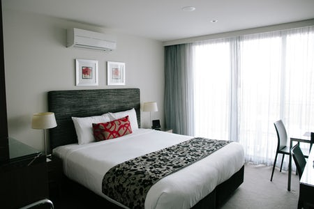 An image of a room at Aria Hotel located in Dickson