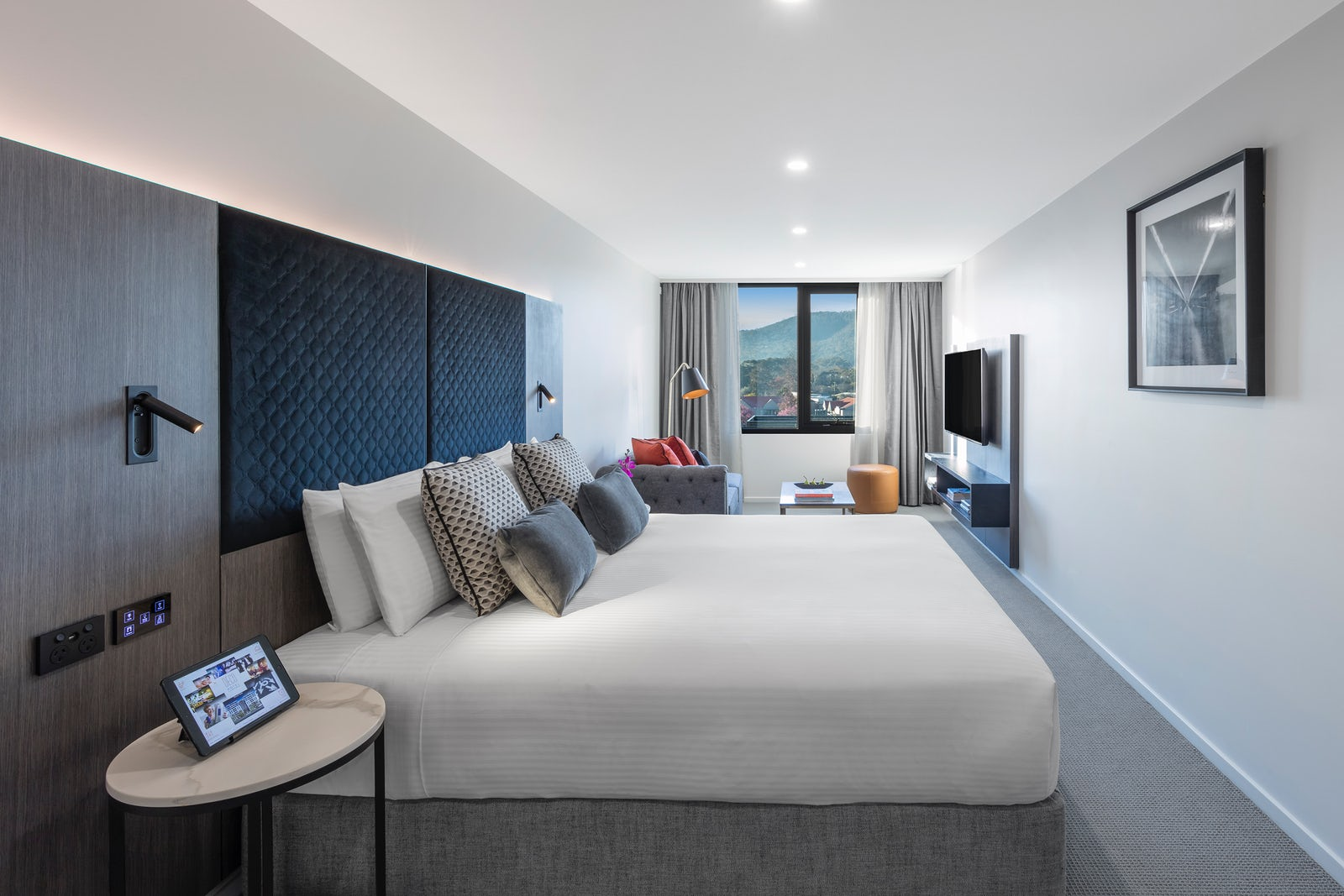 Luxe King Room at the Deco Hotel