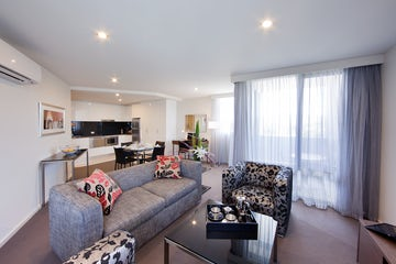 Picture of the living room in the Aria Hotel in Canberra
