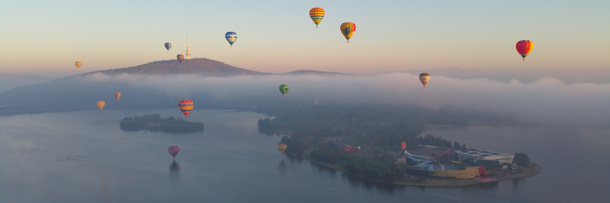 Float high above Canberra on a hot air balloon with Aloft